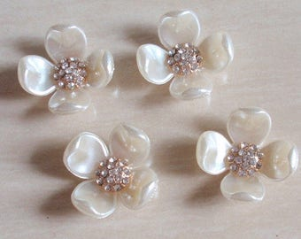 4 Flat Back Pearl Button Shell Button (27x27mm) QS-149