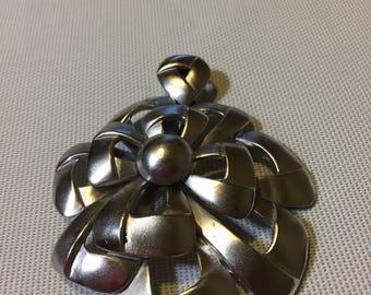 Vintage Crown Trifari MASSIVE Silver Tone Flower Pendant 1.20.4 MJ