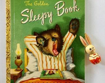 The Golden Sleepy Book, Pictures by Garth Williams, 1948 Little Golden Book, Excellent Condition, Unbroken Spine