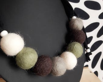 Adjustable necklace felted wool beads