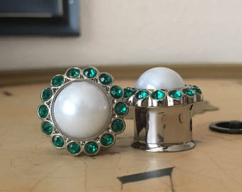 Clearance: Emerald Green and White Pearl Plugs, gauges  5/8, 3/4, 7/8