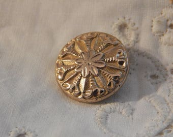 W H Jones Golden Age Button with Center Flower and Trumpets Out - Circa 1835 - 1840