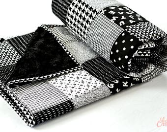 Monochromatic Baby Quilt, Handmade Baby Blanket, Black and White Nursery, Baby Boy or Girl Nursery Bedding, Unisex (Free Shipping & RTS)