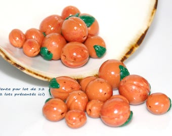 Beads-apricots, set of 12 apricots with/without leaves