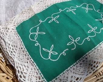 1930's Green Cotton Doily French Cotton White Lace Trim and Floral Embroidered Sewing Assemblage #sophieladydeparis