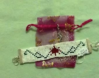 CANADA DAY!! Beaded Bracelet, Handmade in BC, Great also for a Gift, Double Strand Nylon for Durability, Water Resistant