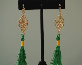 14k Gold Stud Vintage Crest Green Tassel Earring