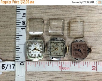 10% OFF 3 day sale Vintage Lot Of 3 Women's Wrist Watch Works And Crystals Not Working Used