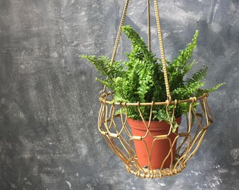 Brass Wire Hanging Planter | Vintage Collapsible Brass Planter | Houseplant Hanging Planter | Indoor Garden | Hanging Wire Basket