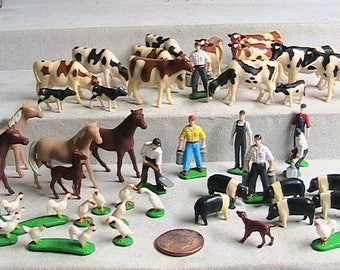 ERTL, Ertl Miniature Farm Animals, Farmers, Fencing (Not Shown), Large Vintage Ertl Mini's Lot!