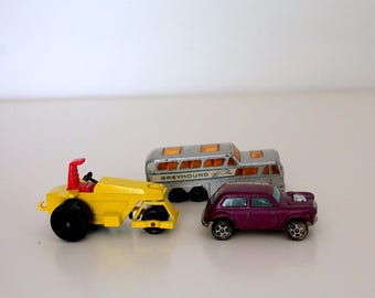 Vintage Matchbox Superfast Rod Roller No 21 &,Matchbox No. 66 Greyhound Coach Made in England Lesney ,Mini Cooper Corgi JR
