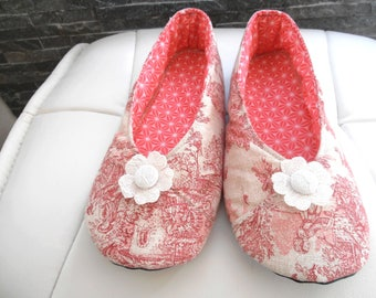"Pink ""jouy"" balances T40 SLIPPERS!"