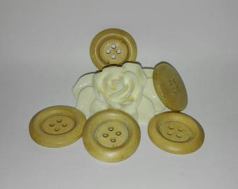 Set of 12 round buttons, light, wood 25 mm