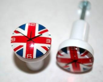 Dresser clock Union Jack button