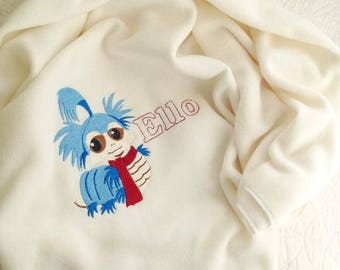 Personalised labyrinth worm baby cot blanket