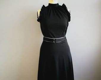 70s black disco dress / ruffle LDB / vintage black evening dress / petite black dress with silver belt / 70s black dress cut out back