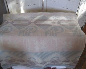 VINtage wool-cotton blanket -native american pattern - old cabin decor