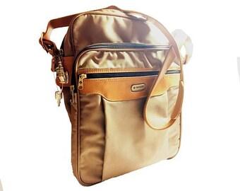 """1980s """"New"""" Samsonite Carry-On, Vintage, Unused, Beige Carry-All Luggage Shoulder Bag, Soft-Sided, Keys, Locking Zipper, Pockets, Nylon Bag"""