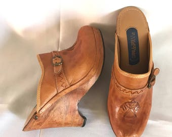 1970's Wild Pair Leather & Wood Platform Clogs sz. 7