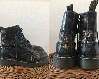 vintage 90's BLACK and GOLD Doc Marten BOOTS - 8, authentic, Air Wair