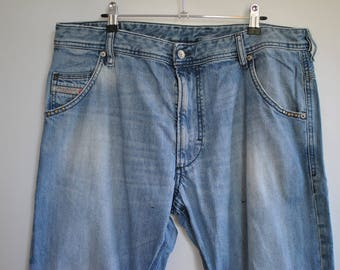 Vintage DIESEL MEN'S JEANS with advance patina size W-36............(023)