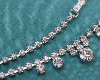 Necklace Costume Jewellery Rhinestones Faux Diamonds 1950s 1960s Silver Parties