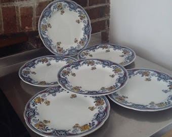Set of 6 Vintage Wedgwood Etruria Dinner Plates
