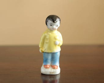 Vintage Asian ceramic figurine  made in Japan/ Japanese porcelain decor - small boy