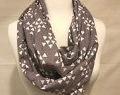 Infinity Scarf- Gray and White Triangles