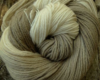 Pure MERINO DK 100 gms, 225 mts, Hand Dyed, superwash, Mollycoddle Yarns, indie dyer