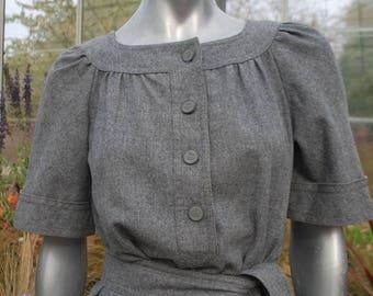 1970S GREY COLLARLESS DRESS (Wool) Ted Lapidus