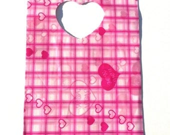 50 plastic bags pink heart patterns and grid size 13. 5 * 9 cm