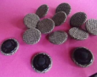 10 buttons 20mm in diameter covered in Brown herringbone tweed fabric