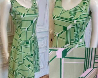 Original 1960's Green And White Geometric Cube Print Mini Dress - Good Condition - Only 25 Pounds!
