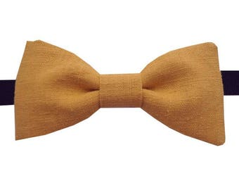 Bow tie yellow ochre to straight edges