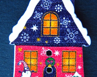 Set of 4 Christmas House buttons