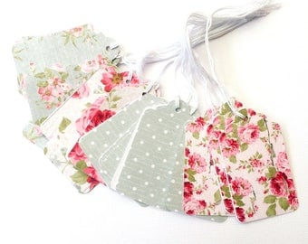Floral gift tags. Vintage-inspired floral roses / spots. Value pack. Gift wrapping tags. Birthday, bridal or baby shower, thank you gifts.