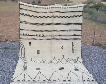 """Size 6'.7""""x9'.10"""" - Genuine Moroccan Rug"""