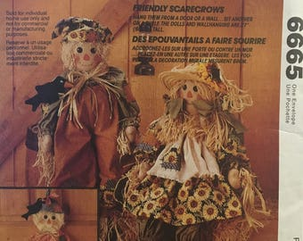 MCCALL'S FRIENDLY SCARECROWS Pattern #6665