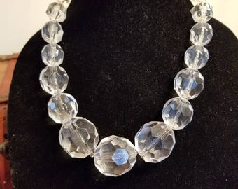FREE  SHIPPING   Large  lucite  Bead  necklace