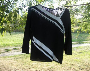 Retro 90s Does Stark MODERN BLACK & WHITE On the Diagional Thicker Synthetic Knit Top, Med to Large