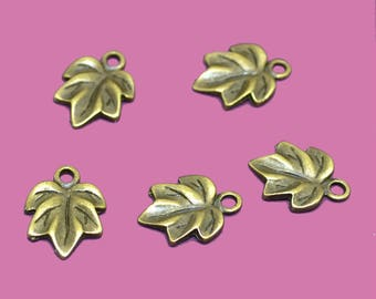 Small ribbed leaves charms bronze 15x10mm