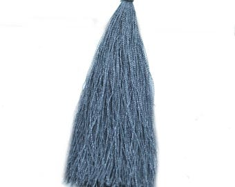 2 grey tassel 95mm synthetic