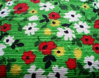 Eye popping posies colorful and so very 70's retro tablecloth! Picnic perfect!