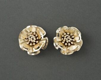 Vintage Flower Earrings  Large Goldtone