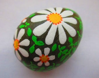 Painted rock DAISIES