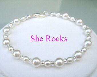 Pearl bridesmaid bracelet Silver white pearl bracelet or cream pearl bracelet classic pearl bracelet pearl wedding jewelry bridal jewellery
