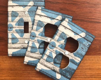Nautical compass light switch plate cover // rustic blue distressed white // SAME DAY SHIPPING !!  **