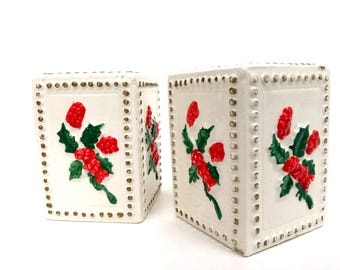 Inarco Vintage Holly Salt and Pepper E-822  1982