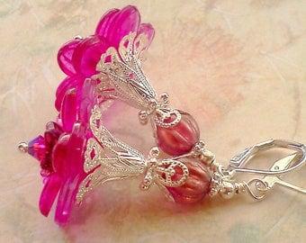 Fuchsia Earrings, Fucshia Flower Dangles, Magenta Earrings, Autumn Jewelry, Handmade Earrings, Lucite Flowers, Hand Painted, Floral Earrings